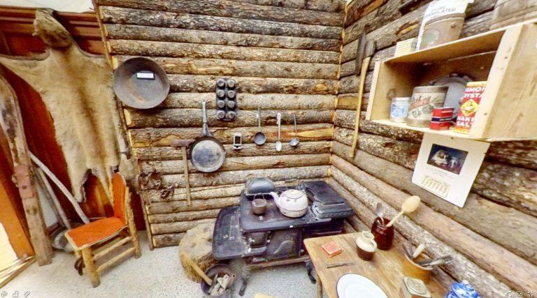 Miner / Trapper Cabin